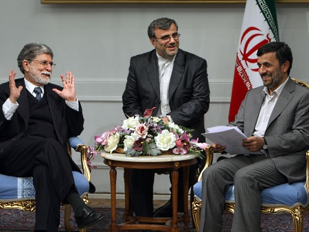 IRA-Amorim-Ahmadinejad-AFP-Atta-Kenari-20100427